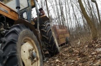 Rolnik przejechany przez własny ciągnik