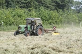 Nowe formy pomocy dla zadłużonych gospodarstw rolnych